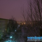 Nachts in verschneiten leipziger Hinterhöfen