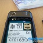 da kommt die SIM-Karte und microSD-Karte rein
