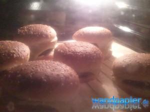 Komplette Burger nochmal in den Ofen